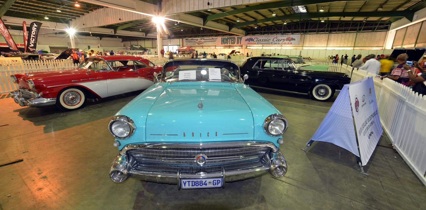 rand-show-buick-classic_1800x1800